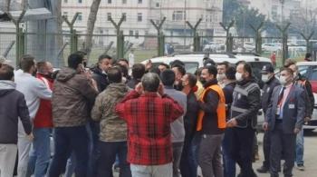 İnegölspor'da futbolcu ile tribündekiler arasında gergin anlar